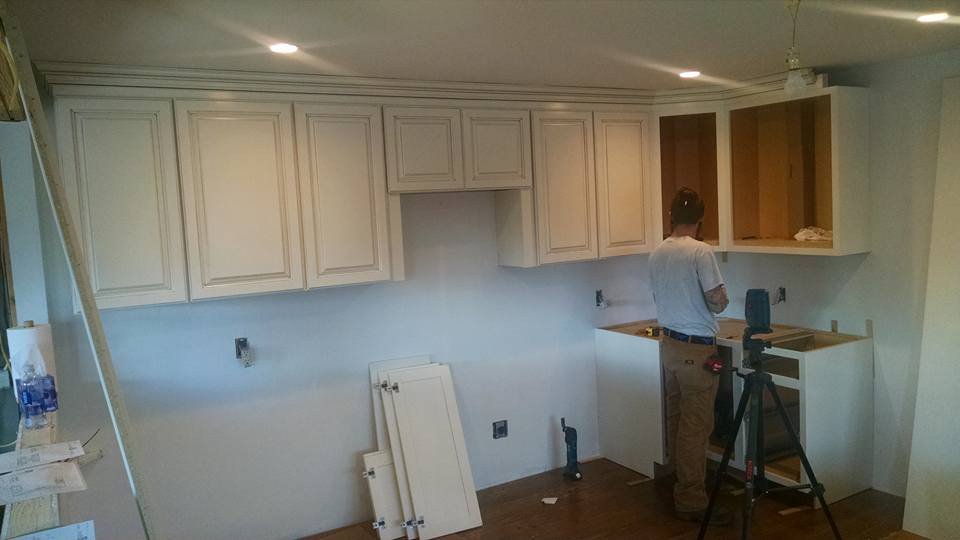 Cabinet-Door-installation_res